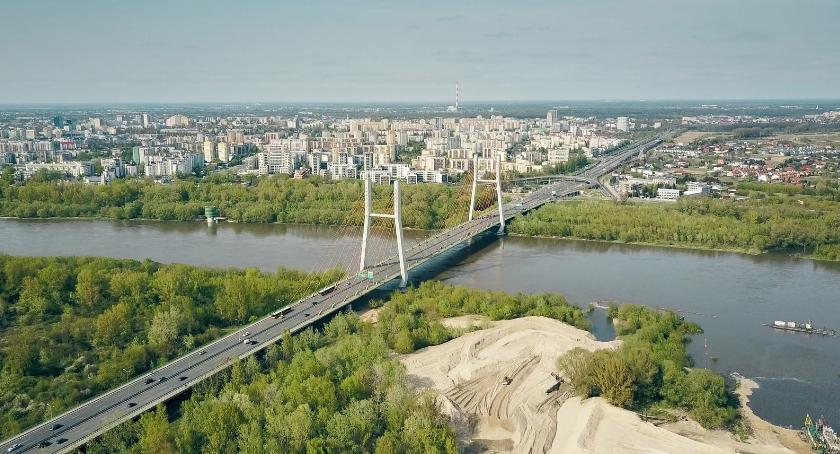 Most Południowy Po Roku Wyłania Się Z Wisły W Towarzystwie